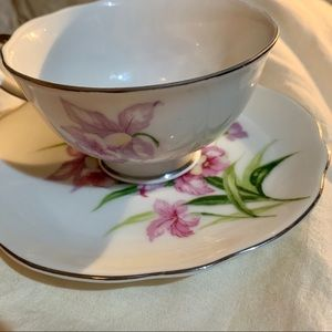 PRETTY ORCHID TEACUP AND SAUCER